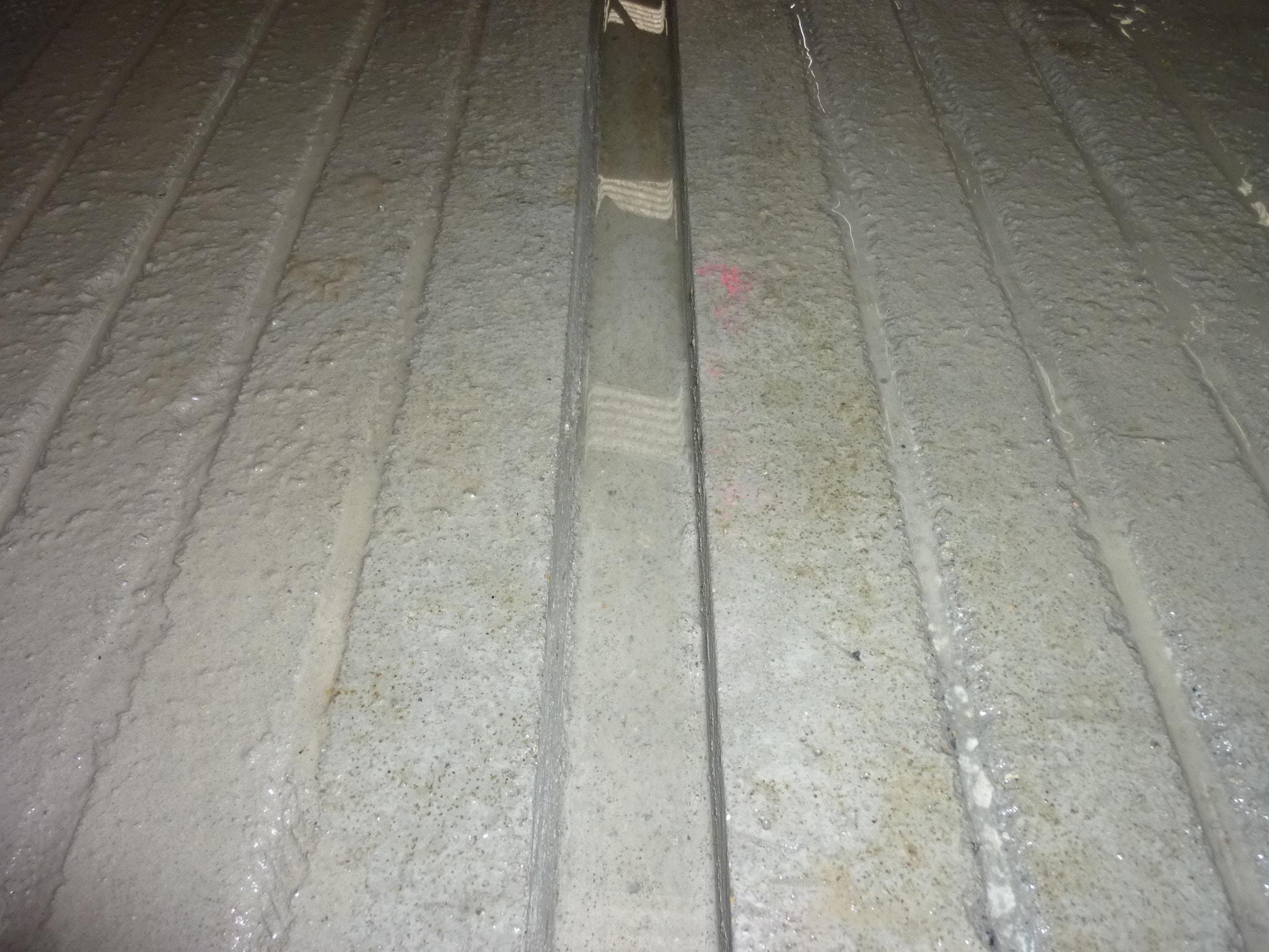 Découpe de béton pour racleur automatique